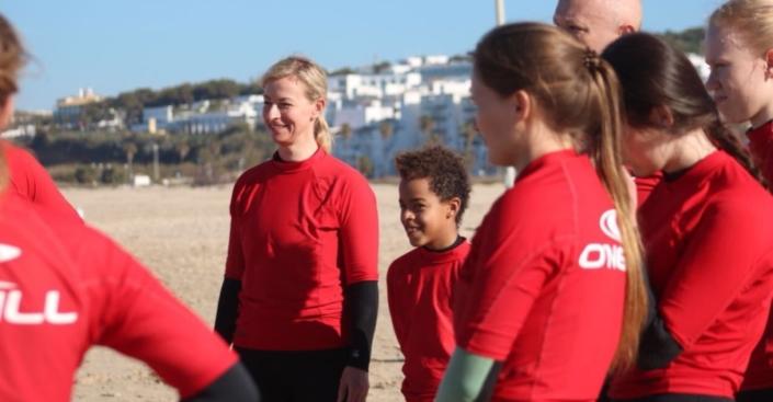 familien-surf-kurs-el-palmar-andalusien